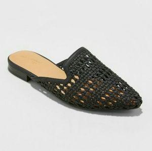 Universal Thread Black Woven Slip On Mules Flats